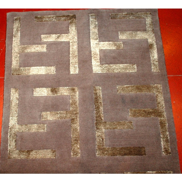 Image of Indian Modern Silk Highlighted Rug- 3' x 5'