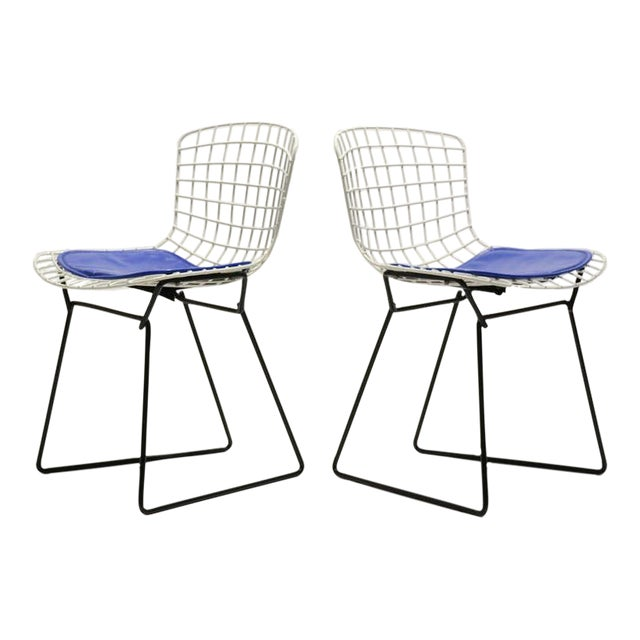 Pair of Bertoia child's chairs by Knoll - Image 1 of 9