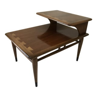 Vintage Lane Acclaim Dovetail 2-Tier Side Table