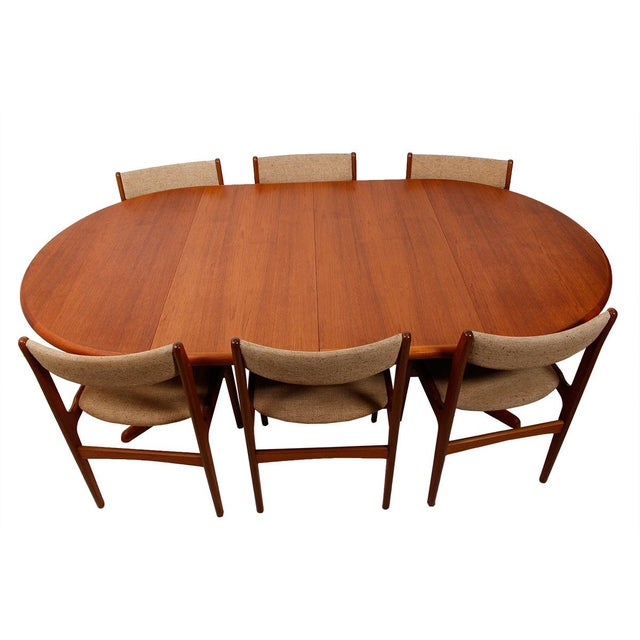 Danish Teak Round-To-Oval Expanding Dining Table - Image 9 of 9