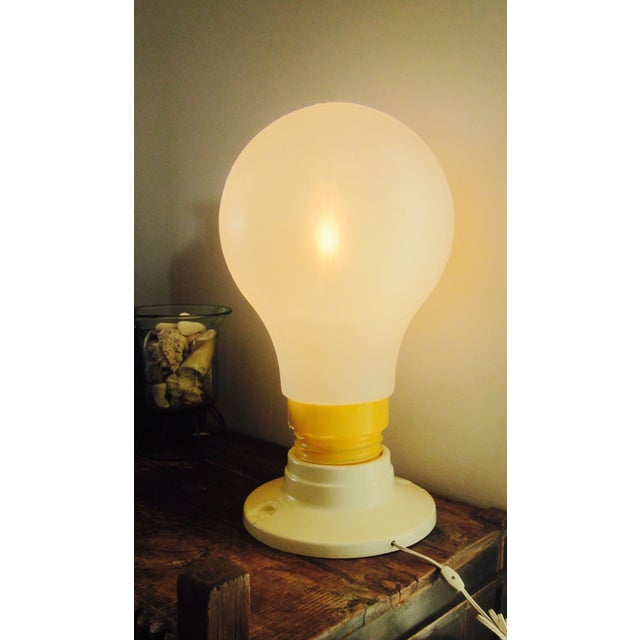 Image of Mid-Century Modern Pop Art Le Bulb Plastic Lamp
