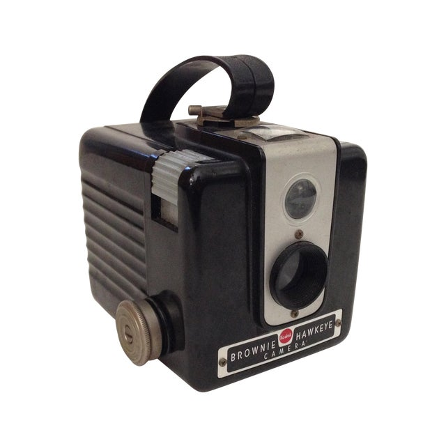 Vintage Brownie Hawkeye Bakelite Camera - Image 1 of 7