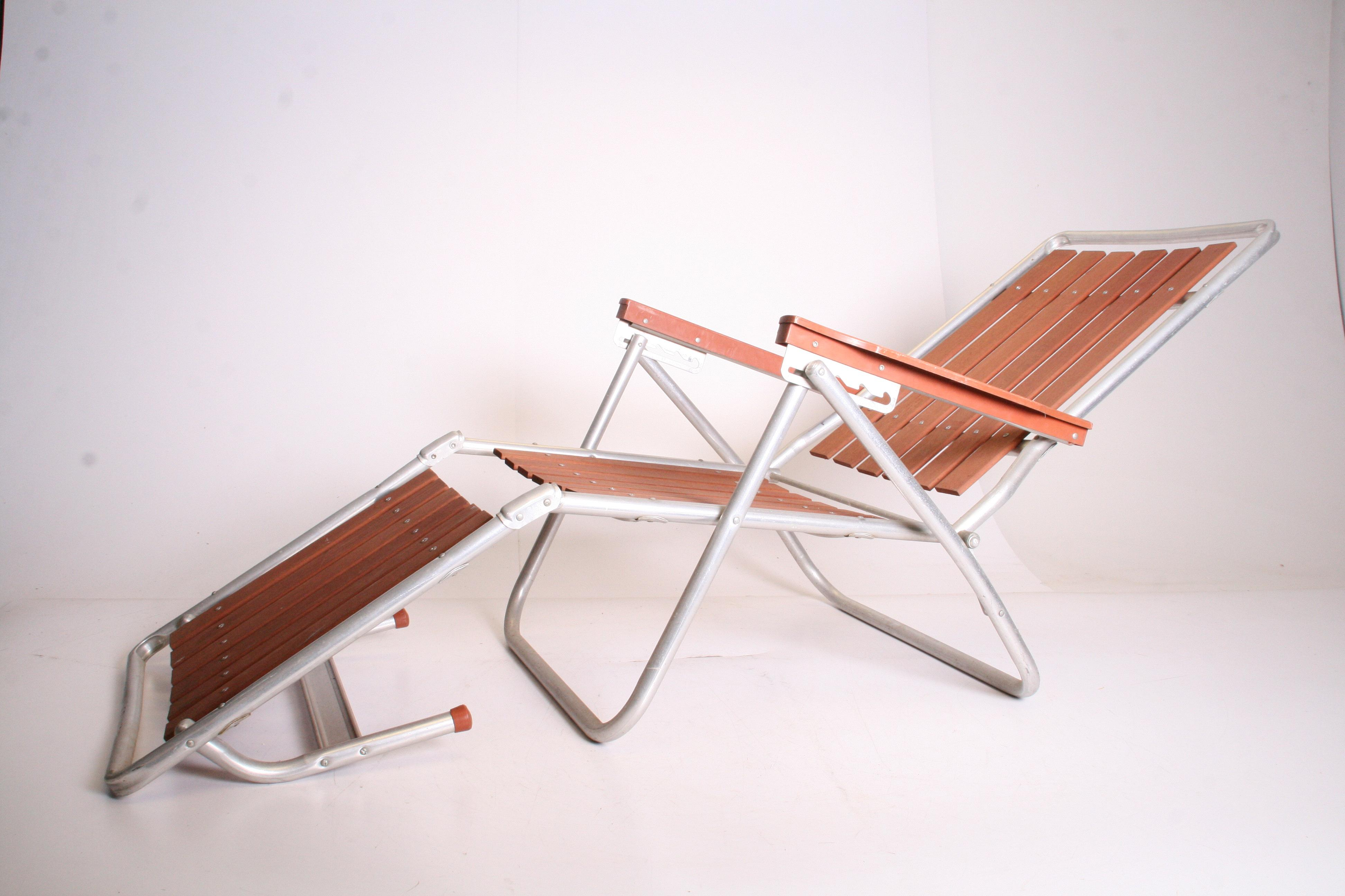 Mid Century Redwood Aluminum Folding Chaise Lounge Chair - Image 6 of 11  sc 1 st  Chairish : redwood chaise lounge - Sectionals, Sofas & Couches