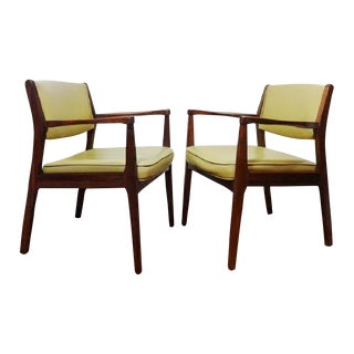 Mid-Century Jens Risom Lounge Chairs - A Pair