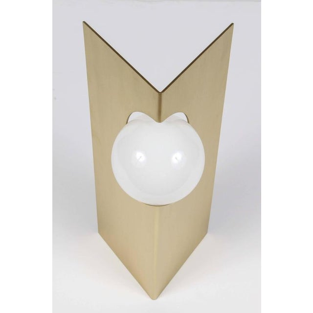 Paul Marra Brass Solitaire Desk or Table Lamp - Image 4 of 6