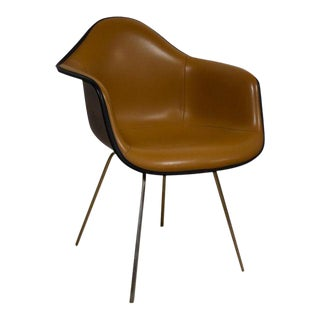 Eames Dax Dining Arm Chair