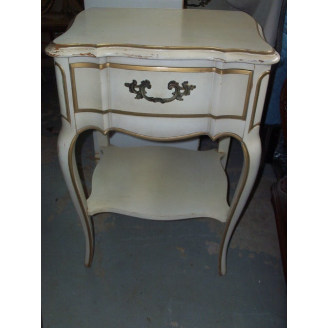French Provincial Style Night Stand Table - Image 2 of 7