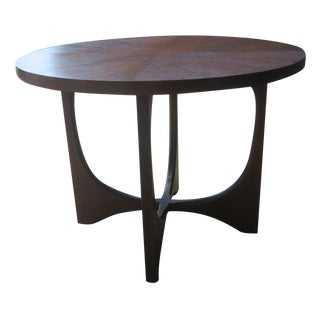 Broyhill Brasilia Round Lamp Table