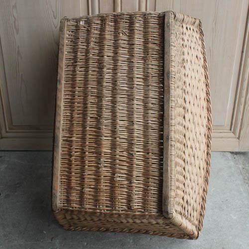 Vintage French Laundry Day Basket - Image 4 of 7