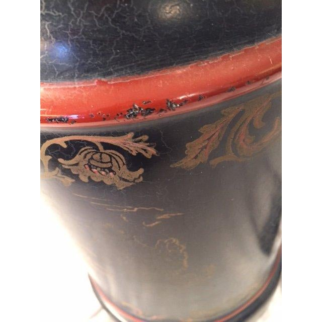 Black Chinoiserie Style Table Lamp - Image 5 of 7