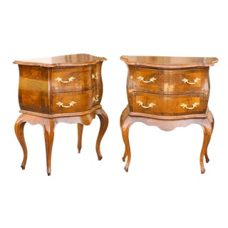 19th century Pair of Italian Walnut petite Bombé Commodes with Cabriole Legs