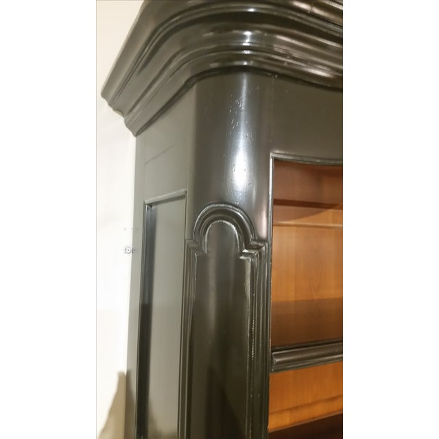 Image of Pompadour Style Display Cabinet
