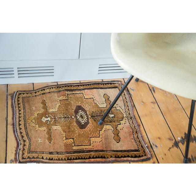 "Vintage Oushak Square Rug Mat - 1'10"" X 2' - Image 2 of 7"