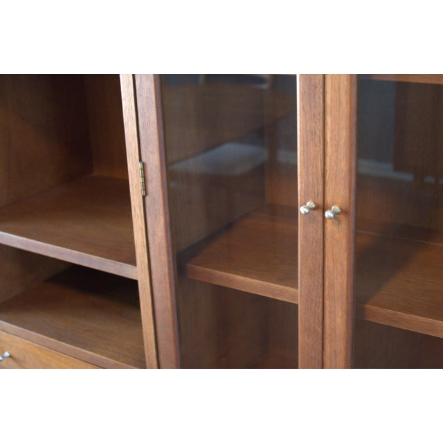 American of Martinsville Mid-Century China Cabinet - Image 3 of 5