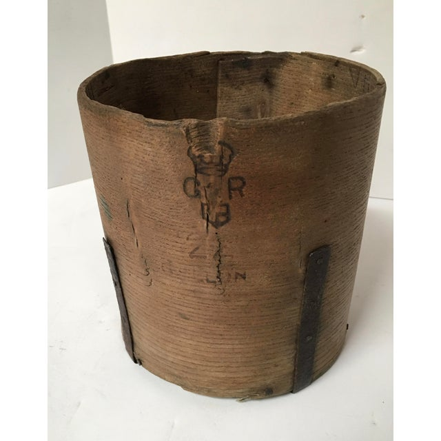 Antique British Hand Crafted Wooden Gallon Grain Holder - Image 3 of 9