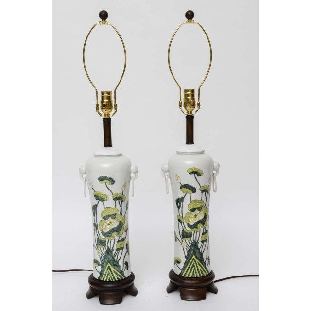 1960s Japanese Porcelain Lotus Flower Vase Form Table Lamps - Image 4 of 9