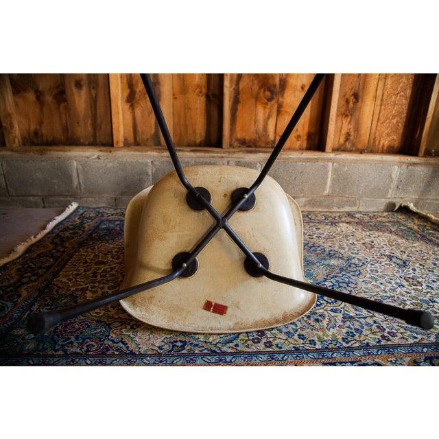 1950s Eames Venice Label Parchment Chair - Image 4 of 7