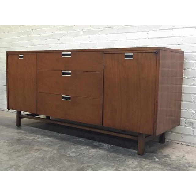 Walnut Mid-Century Modern Dresser & Mirror - Image 5 of 11
