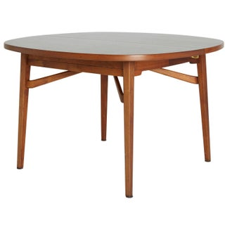 Jens Risom Round Expandable Dining Table