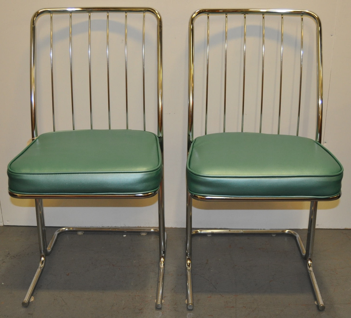 1950s Chrome & Vinyl Kitchen Chairs  Set Of Four  Chairish. Contemporary Living Room Designs C4. Living Room Chairs Under 200. Small Living Room Paint Colors. Country Valances For Living Room. The Living Room Cafe Abu Dhabi Location. Living Rooms With Corner Fireplaces Decorating. Beach House Living Room Furniture. Furniture Placement In A Rectangular Living Room