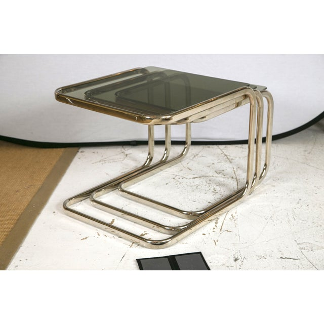 White Gold Finish & Glass Nesting Tables - A Pair - Image 2 of 8