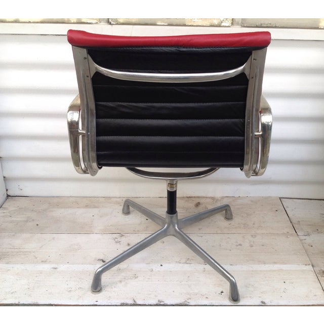 Vintage Herman Miller Eames Swivel Office Chair - Image 4 of 6