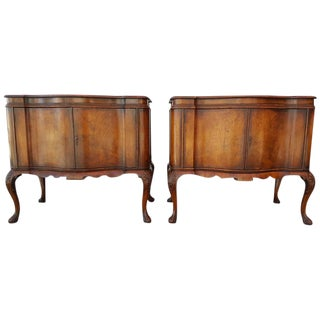 Early 20th Century Queen Anne Commodes - A Pair