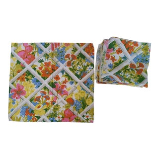 Set of 8- 1960s Faux Bamboo Trellis Chintz Linen Napkins Placemats