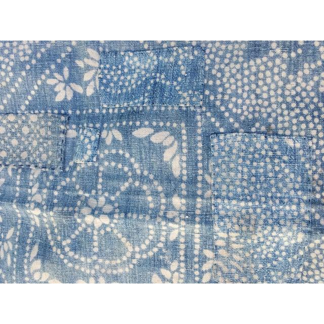 Antique 1930s Softly Faded Blue Batik Textile - Image 4 of 5