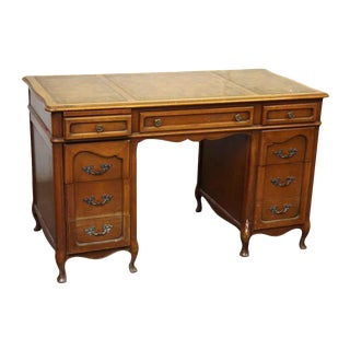 Hathaways Leather Top Lawyers Desk