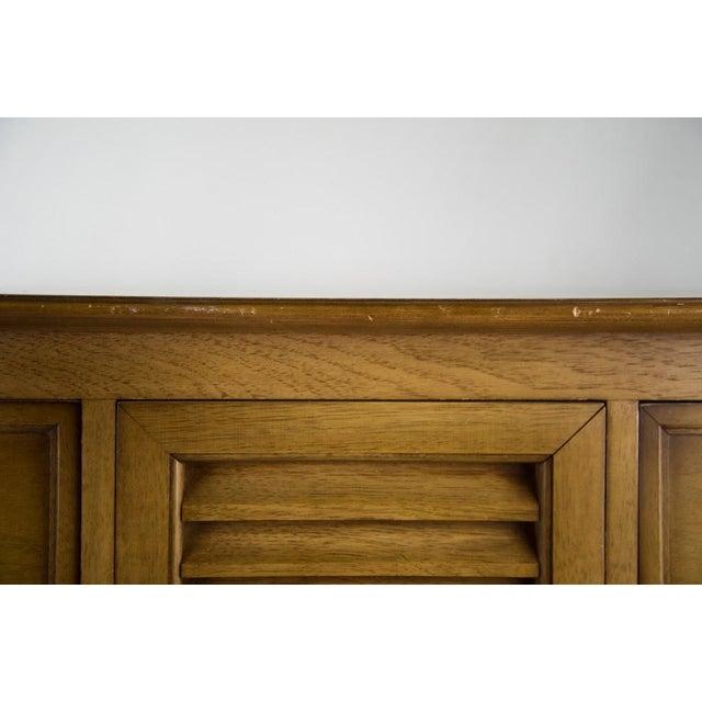 Blonde Drexel Sirocco Bedroom Dresser - Image 10 of 11
