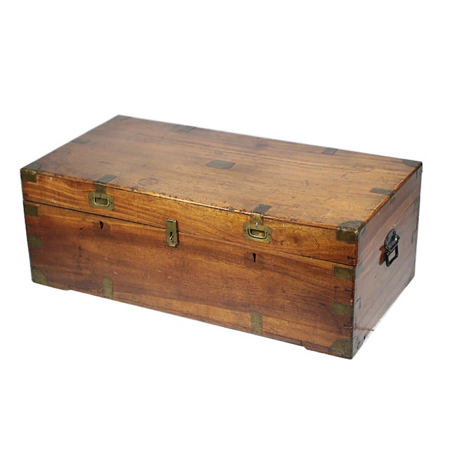 Early 19th Century Walnut and Brass Trunk - Image 5 of 10