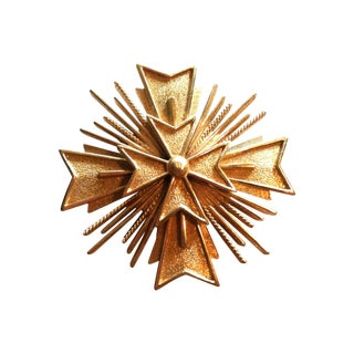 Monet Regal Starburst Brooch