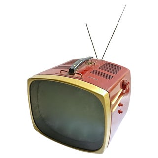 Mid-Century Modern RCA Victor DeLuxe Portable TV