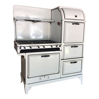1927 Magic Chef 1000 Series Right Stack White Kitchen Stove