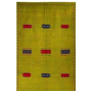 Green Woven Berber Carpet -5′5″ × 8′