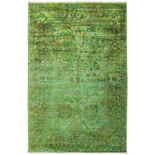 """Vibrance, Hand Knotted Kelly Green Wool Area Rug - 4' 1"""" X 6' 2"""""""