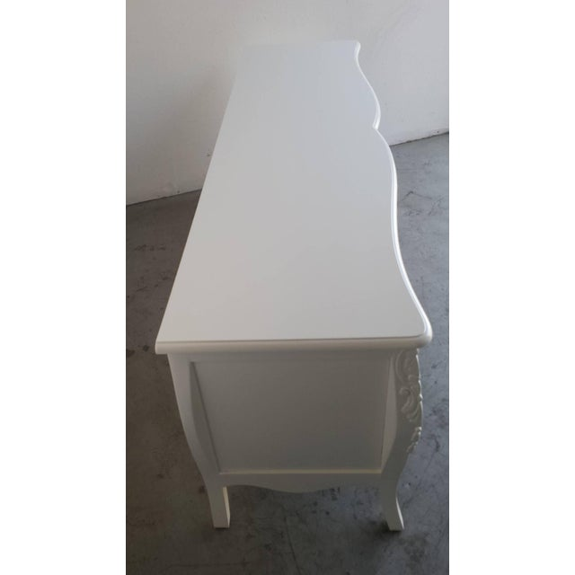 French Provincial Farmhouse Style White Buffet - Image 3 of 7