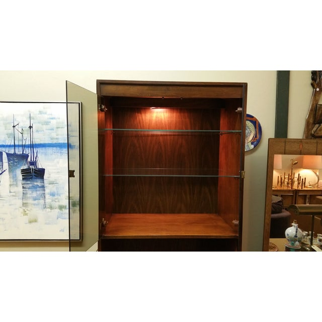 Thomasville Campaign Style Display Cabinet - Image 7 of 12