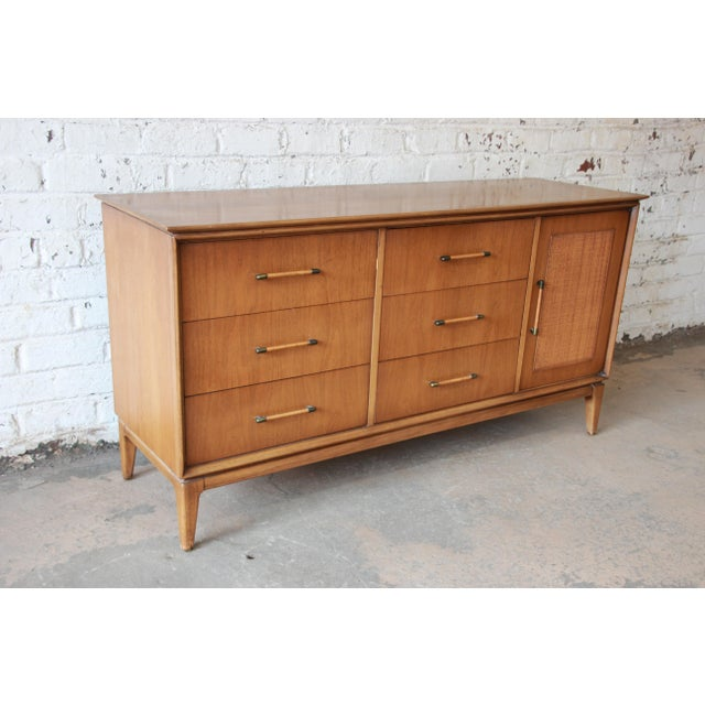 Mid Century Modern Long Dresser by Century Furniture   Image 3 of 10. Mid Century Modern Long Dresser by Century Furniture   Chairish