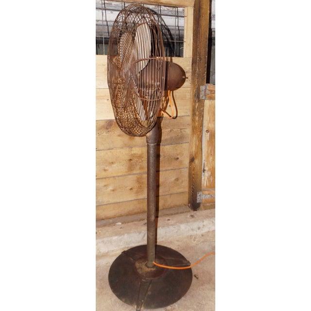"""Big Old Hunter Industrial Pedistal Fan 5' 8"""" Tall - Image 3 of 8"""