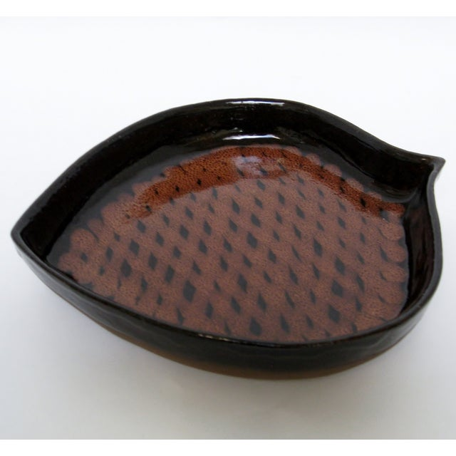 Image of Pine Cone-Shaped Ceramic Dish