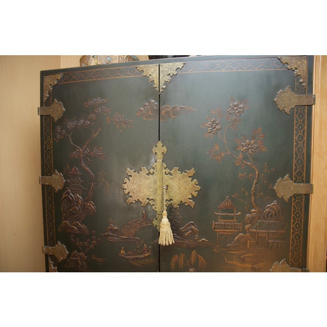 Hunter Green Vintage Chinoiserie Cabinet With Rais - Image 10 of 10