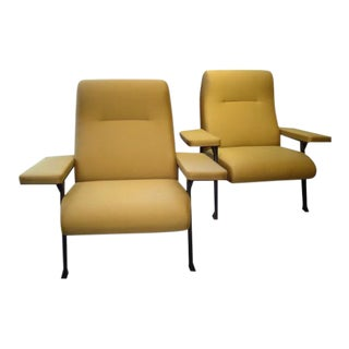Pair of Hall Chairs by Roberto Menghi for Arflex