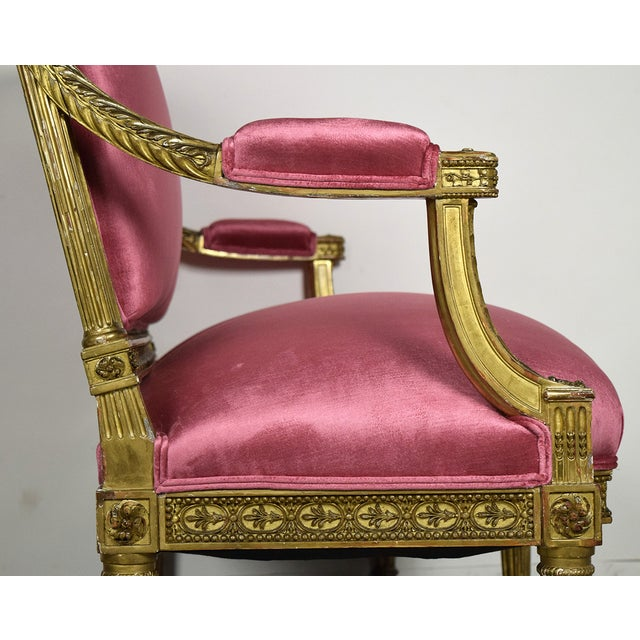 French 19th Century Louis XVI Giltwood Settee - Image 4 of 10