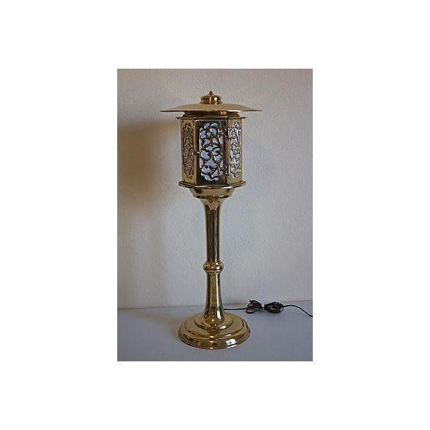 Image of 1960s Brass Pagoda-Style Lamp