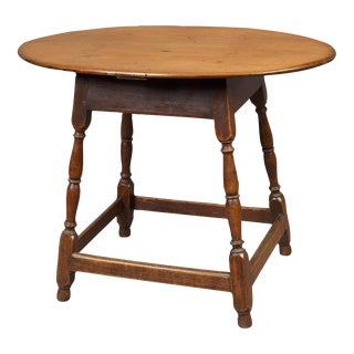 Queen Anne Oval Top Tea Table
