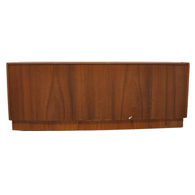 Mid-Century Modern Dresser - Image 4 of 7