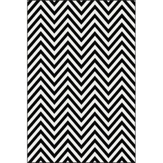 Black and White Chevron Rug - 6'8'' 10'