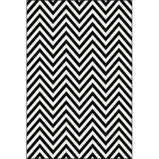 Black and White Chevron Rug - 6'8'' 10'
